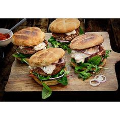 Spicy Harissa Beef Burgers With Tsatsiki via @feedfeed on https://thefeedfeed.com/aichabouhlou/spicy-harissa-beef-burgers-with-tsatsiki