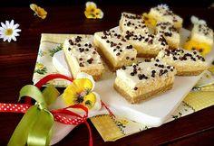 15 leheletkönnyű túrós-vaníliapudingos sütemény | nosalty.hu Ital Food, European Dishes, Izu, No Bake Treats, Minion, Waffles, French Toast, Cheesecake, Food And Drink