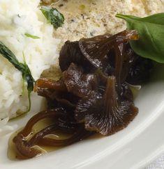 Suppilovahveropikkelssi | Reseptit | Anna.fi Mashed Potatoes, Beef, Ethnic Recipes, Anna, Food, Whipped Potatoes, Meat, Smash Potatoes, Eten