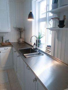 Cosy Kitchen, Kitchen Layout, Kitchen Dining, Kitchen Decor, Kitchen Cabinets, Interior Design Videos, Wood Interior Design, Kitchen Interior, Interior Design Living Room