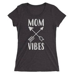 Mom Gift, Mom Vibes t-shirt - Gift for mom, mom vibes, mom life shirt, good vibes only, positive vibes, gift for mom, good vibes #PositiveVibes #GoodVibesOnly #FunnyMomShirt #MomShirt #MomLifeShirt #GiftsForMom #MomGift #GiftForMom #GoodVibes #MomVibes