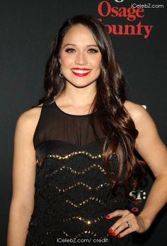 Jaclyn Betham  Movie premier of August Osage County http://www.icelebz.com/events/movie_premier_of_august_osage_county/photo23.html