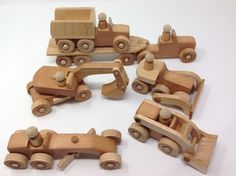 Wood Toy Plans for Woodworkers Wooden Toy Cars, Wooden Truck, Making Wooden Toys, Handmade Wooden Toys, Woodworking Toys, Woodworking Projects, Wood Toys Plans, Wood Games, Diy Gifts For Kids
