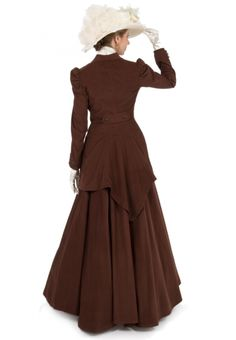 Quinn Riding Suit from Recollections Western Outfits Women, Western Wear For Women, 1870s Fashion, Victorian Fashion, Edwardian Style, Neo Victorian, Vintage Fashion, Vintage Skirt, Vintage Dresses