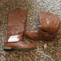Brown boots Reposh as they did not fit.. They run shorter than a 10, more like 9.5.. Super adorable tho brand new with tags Shoes Winter & Rain Boots