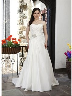 2015 Plus Size Wedding Dresses A Line Strapless Beads Lace Up Taffeta Bridal Gowns APW020