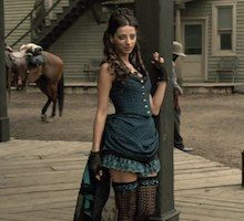 Clementine is a character in WestWorld. She is one of the girls that works for Maeve in the Saloon. Find the best WestWorld Clementine costume ideas. Cool Costumes, Halloween Costumes, Costume Ideas, Westworld Costume, Saloon Girl Costumes, Angela Sarafyan, Old West Saloon, Female Villains, Saloon Girls