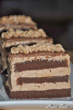 Yummy Treats, Sweet Treats, Yummy Food, Romanian Food, Romanian Recipes, Brownie Cake, Dessert Recipes, Desserts, Something Sweet