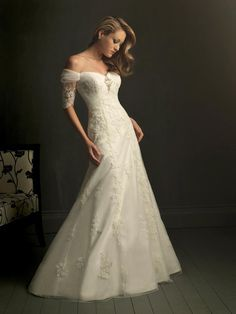 Off Shoulder Lace Wedding Dress with Sleeves