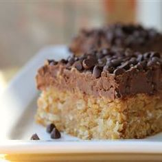 sweet graham cracker crumb bar with coconut and milk chocolate topping Quick Cookies, Homemade Cookies, How To Make Cookies, Bar Cookies, Making Cookies, Candy Cookies, Graham Cracker Bars Recipe, Graham Cracker Crumbs, Graham Cracker Dessert