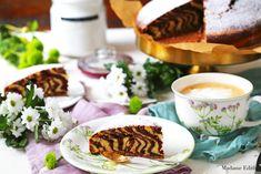 Ciasto zebra - przepis na bardzo efektowną babkę na bazie jajek oraz oleju. Wilgotną w środku i chrupiącą z zewnątrz. Ciasto zebra pięknie wygląda!
