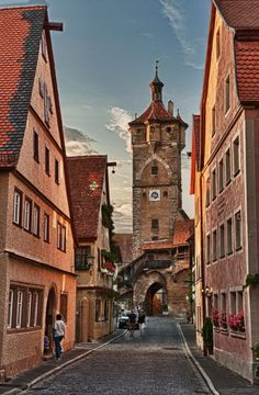 Rothenburg ob der Tauber by Peter Teoh on 500px