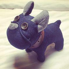 http://lucastmuk.tumblr.com/post/30729979940/im-naming-him-ladie-dog-denim-jackandjones