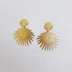 Double Sunburst – Vivian Drew Pre Wrap, Natural Stones, Plating, Stud Earrings, Texture, Unique, Pattern, Gifts, Color