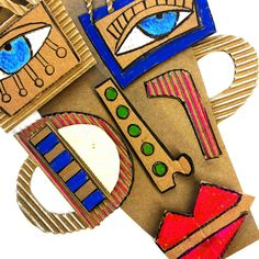 Can make flat sculptures with cut out bits of cardboard – Page 533324780866400896 – BuzzTMZ Cardboard Mask, Cardboard Sculpture, Sculpture Art, Kunst Picasso, Picasso Art, Portraits Cubistes, Kimmy Cantrell, Arte Elemental, 6th Grade Art