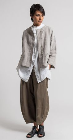 Oska Linen Talida Jacket in Natural | Santa Fe Dry Goods & Workshop #oska #oskaclothing #linen #pants #fashion #style #clothing #spring #summer #ss17 #casual #santafe #santafedrygoods