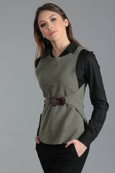 e4ea62f1cfcfb6b399caded30a35be4f.jpg 236×551 пикс Sewing Clothes, Diy Clothes, Fashion Details, Fashion Design, Costume Design, Wool Waistcoat, Cool Outfits, Dress Outfits, Fashion Outfits