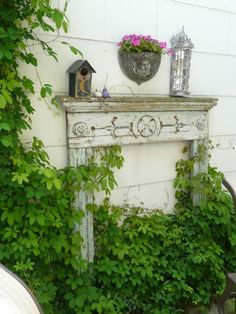 Placing an antique mantel outdoors is not only beautiful, but also serves several functions - storing potted plants, bird feeders, gardening tools - you name it! Unique Gardens, Amazing Gardens, Beautiful Gardens, Rustic Gardens, Garden Projects, Garden Tools, Fence Garden, Garden Trellis, Antique Mantel