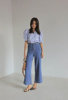 Uploaded by bunnieisgood. Find images and videos on We Heart It - the app to get lost in what you love. Tennis Fashion, Kpop Fashion, Daily Fashion, Korean Fashion, Fashion Outfits, Korean Outfit Street Styles, Korean Outfits, Classy Outfits, Trendy Outfits