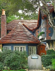cottages and bungalows | via leia war