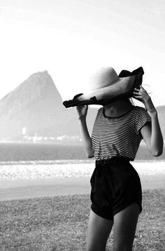 Lovely photo taken in Rio, with Sugarloaf Mountain in the background!