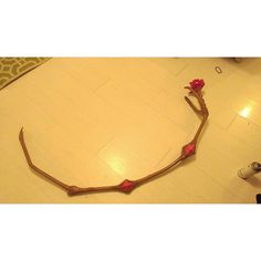 I made more progress on my Madokas Bow arrow yesterday! I have one side down now I have the other to do!  #cosplay #cosplayprop #MadokaMagicaCosplay #madokamagica #madokabownarrow #cosplayweapon #cosplayprogress