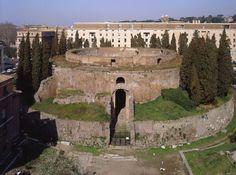Finalmente al via i lavori per il Mausoleo di Augusto.   Il Blog di Fabrizio Falconi: Finalmente al via i lavori per il Mausoleo di Augu...