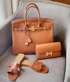 Hermès Birkin Havane Togo Gold Hardware 35 Tote Bag, Black Hermes Birkin 30 Orange epsom ghw Hermes Birkin 30 Etoupe Gold Hardware Hermes Juane Poussin Epsom Ghw T Hermes Sac Birkin Hermes, Hermes Bags, Hermes Handbags, Handbags On Sale, Purses And Handbags, Hermes Purse, Hermes Kelly Bag, Suede Handbags, Pink Handbags