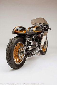 Ni largo, ni aguado, ni descafeinado. Pura cafeína Yankee en esta Harley Davidson Café Racer.