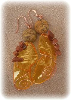 Plastic Bottle Crafts, Plastic Art, Plastic Animals, Plastic Bottles, Plastic Earrings, Plastic Jewelry, Plastic Beads, Bottle Jewelry, Orange Earrings