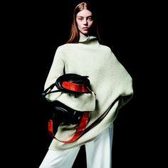 THE ROW https://www.fashion.net/the-row  #therow #fashion #fashionnet #mode #moda #style #women #designer
