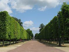 Poitiers Blossac Park, Poitou-Charentes, France  More info: http://www.visit-poitou-charentes.com