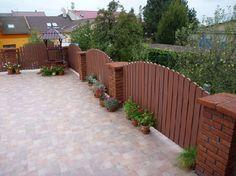 Gardenplaza - Wartungsfreie Zaunelemente aus Kunststoff lassen Zeit für die wichtigen Dinge - Zurücklehnen und genießen!