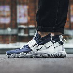 dcdcccdc962 Nike ACG Komyuter Sneakers Nike