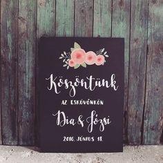 Krétatábla készítése esküvőre facebook/kisdiodekor Wedding Signs, Facebook, Instagram Posts, Cards, Wedding Plaques, Wedding Tags, Maps, Playing Cards, Wedding Signage