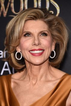 Christine Baranski looked fab wearing this bob with lots of volume and texture at the 'Into the Woods' premiere.