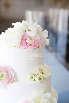 Свадебный торт с цветами без мастики / Cake for wedding with flowers #торт #торты #свадебныйторт #свадьба