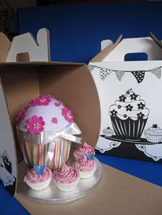 Box specifically designed to hold a giant cupcake - pretty print
