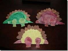 Paper plate dinosaurs @Alana Souto