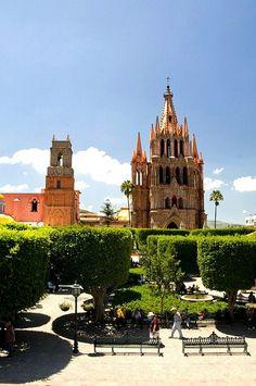 San Miguel de Allende una ciudad preciosa http://www.flickr.com/photos/joven_60/4635406286/