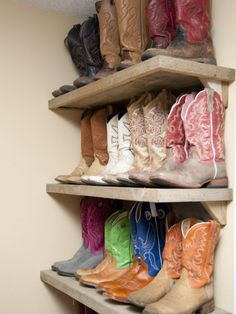 western: great storage display I have the pink boots on the end of the middle shelf!!!  I am gonna have this in my house!