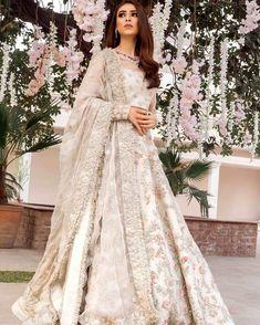 Ideas For Wedding Dresses Pakistani Party Wear Bridal Lehenga Wedding Robe, Indian Wedding Gowns, Asian Bridal Dresses, Pakistani Wedding Outfits, Indian Bridal Outfits, Pakistani Bridal Dresses, Pakistani Wedding Dresses, Asian Bridal Wear, Ivory Wedding