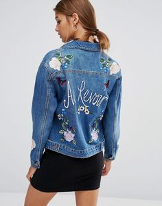 Buy New Look Embroidered Souvenir Denim Jacket at ASOS. With free delivery and return options (Ts&Cs apply), online shopping has never been so easy. Get the latest trends with ASOS now. Denim Jacket Fashion, Denim Coat, Denim Mantel, Dress With Jean Jacket, Womens Windbreaker, Embroidered Denim Jacket, Mode Jeans, Double Denim, Trendy Clothes For Women