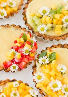 Spring tarts recipe (limited ingredient and so delicious). #tartrecipe #springrecipe #lemontart