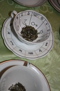 The Art of Tasseography: A Tea Leaf Reading Primer - The Daily Tea Reading Tea Leaves, Tea Reading, Wicca Witchcraft, Wiccan, Rowan, Tea Party, Tea Cups, Decorative Plates, Clay