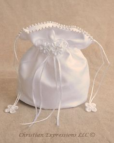 Purse w/Pearled Edges: First Communion Dresses | First Communion Veils | Clergy Apparel | Church Supplies