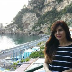 Cute Aged actress Mahnoor Baloch In Greece – Pictures Pakistani Models, Pakistani Actress, Greece Pictures, Ayeza Khan, Vacation Pictures, Pictures Images, New Fashion, Fashion Outfits, On Set