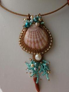 "Кулон""Аморе море;)"" Sea Jewelry, Seashell Jewelry, Seashell Crafts, Boho Jewelry, Beaded Jewelry, Handmade Jewelry, Jewelry Design, Bead Embroidery Jewelry, Beaded Embroidery"
