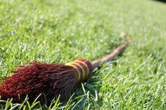 Lo sport praticato da Harry Potter e compagni diventa reale: è il Quidditch Babbano. su http://cultstories.altervista.org/quidditch-dalla-scuola-hogwarts-campi-tutto-mondo/ #culture #cultstories #cinema #mugglequidditch