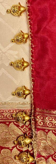 Saree Tassels Designs, Saree Kuchu Designs, Blouse Designs Silk, Bridal Blouse Designs, Embroidery Works, Embroidery Patterns, Kids Frocks Design, Frock Design, Sewing Stitches